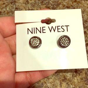 Nine West Earrings new never worn ☺️